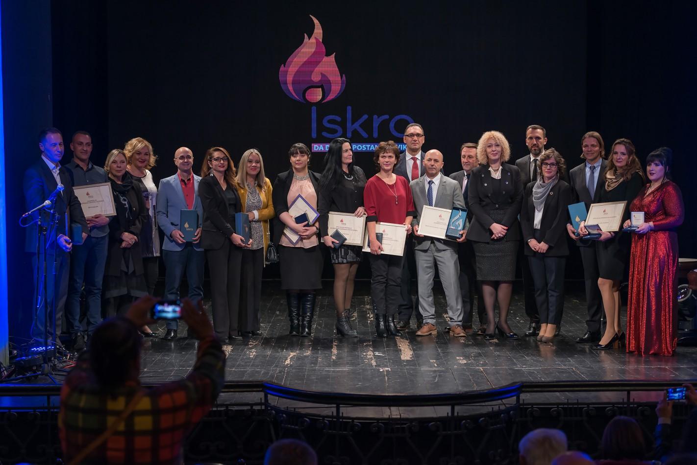 Kompaniji DoMEn dodijeljene dvije nagrade za društveno odgovorno poslovanje u Crnoj Gori