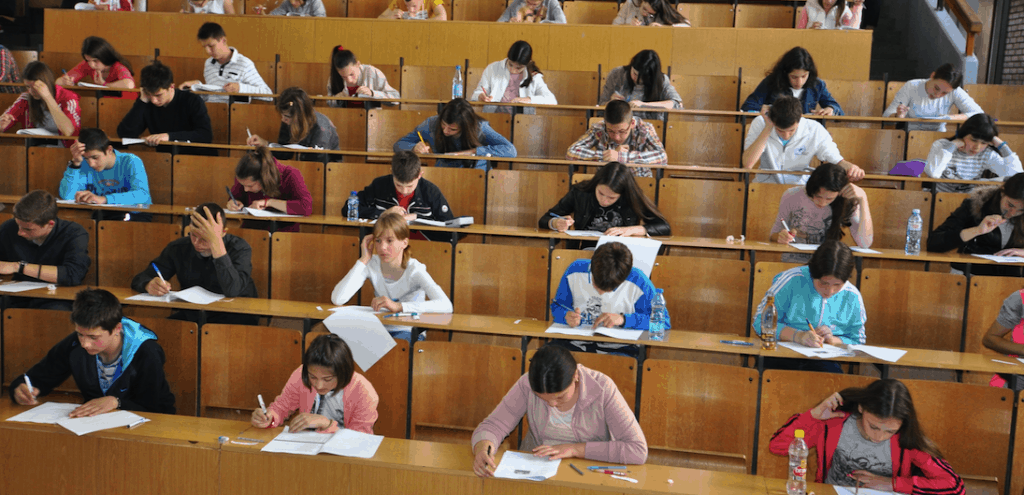 Montenegrin high-school and elementary school students participated in Knowledge Olympiad 2015