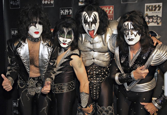 kiss-2008_featured_photo_gallery